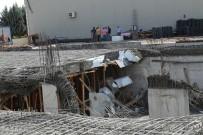 SAĞLIK EKİPLERİ - Başkent'te İnşaat Kirişleri Çöktü Açıklaması 2 İşçi Yaralı