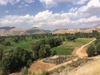 İÇME SUYU - Belediye Başkanı Kutlu Su Sorununa Çare Arıyor