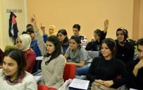 İSTANBUL ÜNIVERSITESI - Beyoğlu Gençlik Merkezi Öğrencilerin Başarıya Ulaşmasına Destek Oldu
