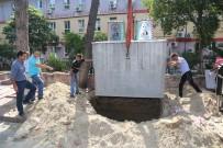ÇÖP KONTEYNERİ - Burhaniye'de Çöp Konteynerleri Yer Altına İndi