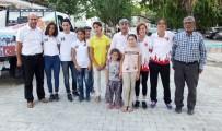 AVRUPA - Burhaniyeli Muhsine Şampiyonluğunu Hemşehrileriyle Kutladı
