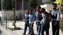 ÇALINTI ARAÇ - Çalıntı Araçla Hırsızlık Yapan Şahıslar Yakalandı