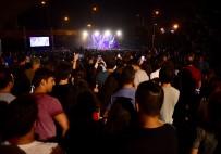 CEM ADRİAN - Çim Konserleri, Cem Adrian İle Başladı