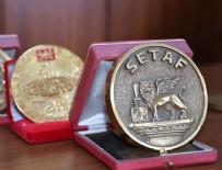 ÇUKUROVA ÜNIVERSITESI - Eski Genelkurmay Başkanının madalyaları bit pazarından çıktı