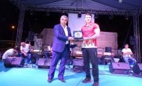 AVRUPA - Hisarcık Belediyesinden Milli Sporcuya Destek