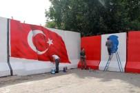BEĞENDIK - Güvenlik Nedeniyle Konulan Beton Bariyerler Renklendi