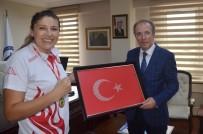 OLİMPİYAT ŞAMPİYONU - Rektör Uzun'dan Avrupa Şampiyonu Demir'e Tebrik