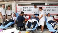 KAN BAĞıŞı - Sağlıkçılar Kan Bağışladı