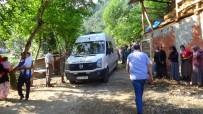 SAKARYA VALİSİ - Sakarya'da fındık işçilerini taşıyan traktör dereye devrildi! 7 ölü