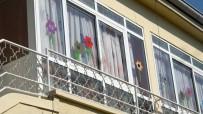 SKANDAL - Serviste Can Veren Alperen'in Okulunun Camlarını İndirdiler