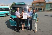ÜNİVERSİTE MEZUNU - AÜ, Konya'da Dolmuşlara Sınavsız İkinci Üniversite Tanıtım Afişleri Astı