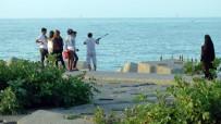 Balıkçı Barınağında Bu Görüntüler Pes Dedirtti
