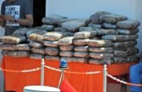 HACETTEPE - Çeşme'de 110 Kiloluk Esrar Yakalanmıştı, 3 Zanlı Tutuklandı