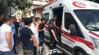 SAĞLIK EKİPLERİ - Düzce'de Trafik Kazası Açıklaması 2 Yaralı