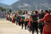 KARAKUCAK GÜREŞLERİ - Kütahya Geleneksel Germiyan Türk Oyunları Festivali Başladı