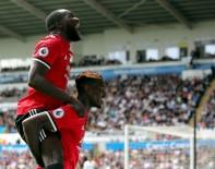 LEİCESTER - Manchester United'dan Swansea'ye Farklı Tarife