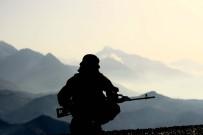 GÜVENLİK GÜÇLERİ - Şehidin Kanı Yerde Kalmadı, O Teröristin Cesedi Bulundu