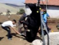 KURTARMA EKİBİ - Ankara'da inek kurtarma operasyonu