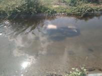 SAĞLIK EKİPLERİ - Sulama Kanalında Erkek Cesedi Bulundu