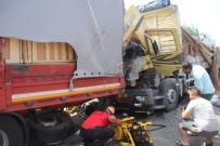 KAMYON ŞOFÖRÜ - TEM'de Feci Kaza Açıklaması 1 Ölü 1 Yaralı