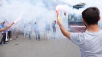 BURAK YıLMAZ - Trabzonspor, İstanbul'a Meşalelerle Uğurlandı
