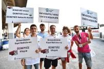 ÇAĞDAŞ YAŞAMı DESTEKLEME DERNEĞI - Üniversite Öğrencilerine Otogarda Coşkulu Karşılama