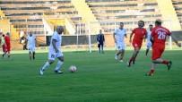 HAZIRLIK MAÇI - Van Büyükşehir Belediyespor, 2017-2018 Futbol Sezonunu Açtı