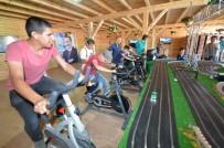 BİSİKLET YARIŞI - Belko Çadırı'nda Bisiklet Yarışı
