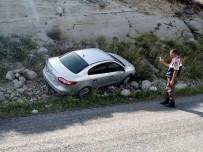 ÇıLDıR GÖLÜ - Çıldır'da Trafik Kazası Açıklaması 1 Yaralı