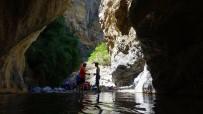 Doğaseverler Çona Kanyonunu Keşfetti