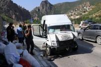 ROJDA - Fındık İşçilerini Taşıyan Minibüs Gümüşhane'de Kaza Yaptı Açıklaması 26 Yaralı