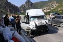 ROJDA - Fındık İşçilerini Taşıyan Minibüs Kaza Yaptı Açıklaması 26 Yaralı