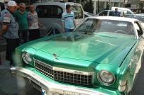 KLASİK OTOMOBİL - Gurbetçinin Klasik Otomobili Kahramanmaraş'ta İlgi Odağı Oldu