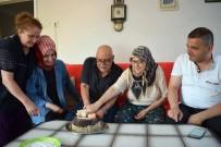 YAŞLI ÇİFT - Hayatlarında İlk Kez Doğum Günü Kutladılar