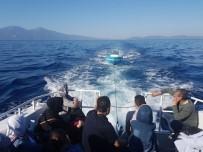İNSAN KAÇAKÇISI - Kuşadası Körfezi'nde 21 Kaçak Göçmen Yakalandı