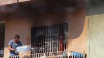 DAMACANA - Yangına Damacana İle Müdahale Etti