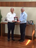 YURT DıŞı - AOSB Başkanı Sütcü Kurban Vekaletini Kızılay'a Verdi