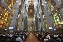 KATALONYA - Barselona'da Terör Kurbanları İçin Cenaze Töreni