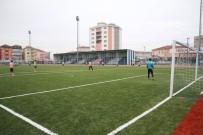 METİN OKTAY - Büyükşehir Belediyesi Futbol Sahalarına Bakım Çalışması Başlattı