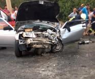 Dolmuşla Otomobil Çarpıştı Açıklaması 1 Ölü, 4 Yaralı