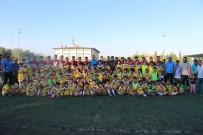 MUHABBET - Emniyet Müdürü Alper'den Sporcu Çocuklara Sürpriz