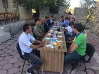 TENDÜREK DAĞI - Kaymakam Dundar'dan Karakol Ziyareti
