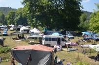 Mevsimlik Fındık İşçileri Kamp Alanında Konaklıyor