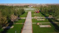 YÜZME HAVUZU - Şanlıurfa'nın En Büyük Yeşil Alanında Çalışmaları Devam Ediyor