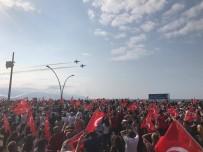TERÖR SALDIRISI - Türk Yıldızları Trabzon'da Şehit Eren Bülbül İçin Uçtu