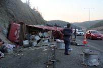 CANKURTARAN - Yolcu Otobüsü İle Kamyon Çarpıştı Açıklaması 1 Ölü, 21 Yaralı