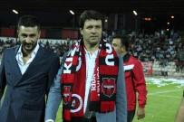 Yozgatspor'un Efsane Oyuncuları Taraftarla Buluştu