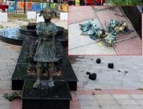 Zonguldak'ta Atatürk'e çiçek veren kızın heykeline saldırı