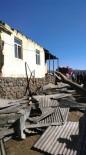GÖKÇELI - Bingöl'de Çatı Yangını