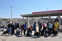 KURBAN BAYRAMı - Cilvegözü Sınır Kapısı'nda Bayram Trafiği